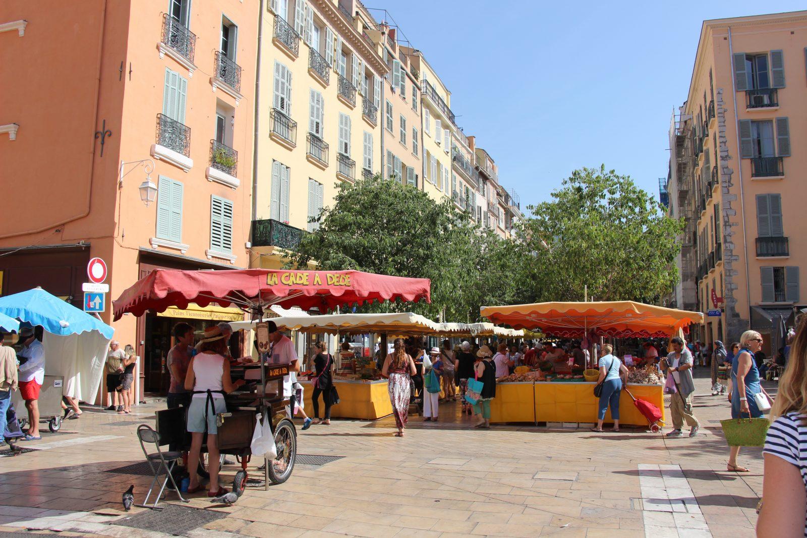 Marché de Provence du cours Lafayette