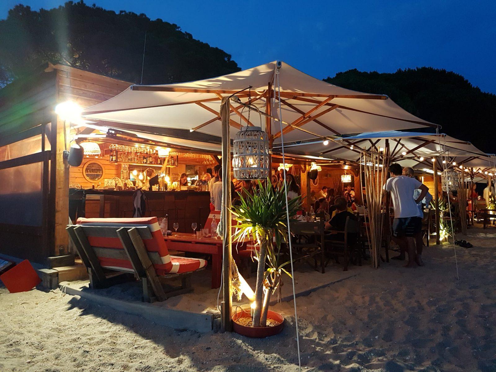 Restaurant de plage La voile de Cavalière