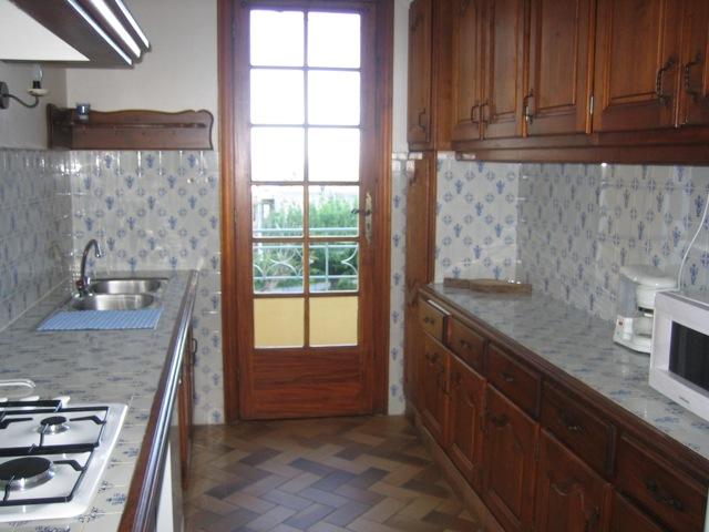 la cuisine de la location le lavandou